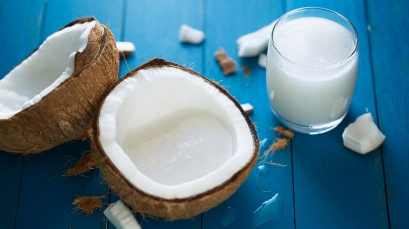 Benefits and uses of coconut milk