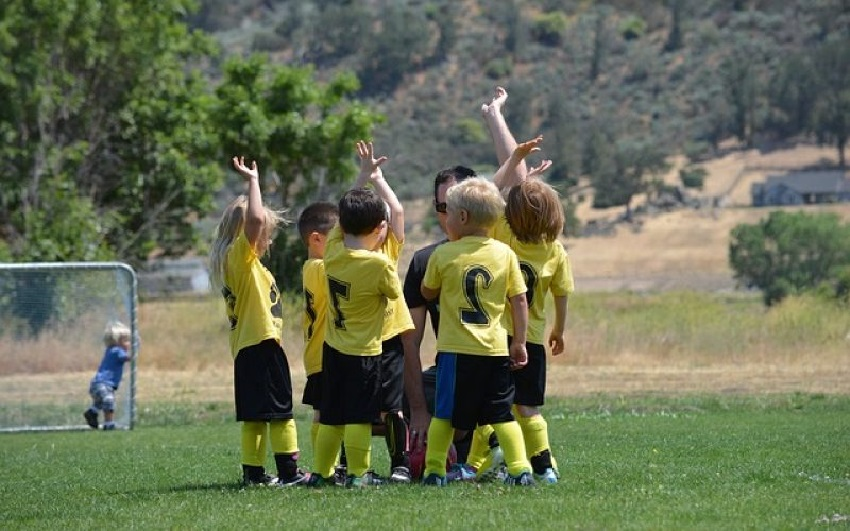 5 Ways to Encourage Your Child to Be Physically Active