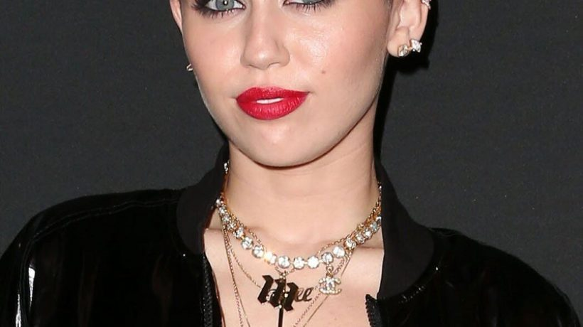 Miley Cyrus Height, Weight, Body Measurements